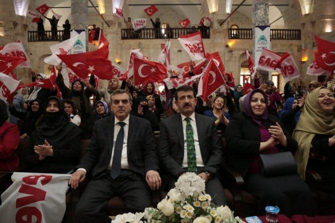 Eyyübiye Belediyesinden 'Güçlü Kadın Güçlü Türkiye' Programı
