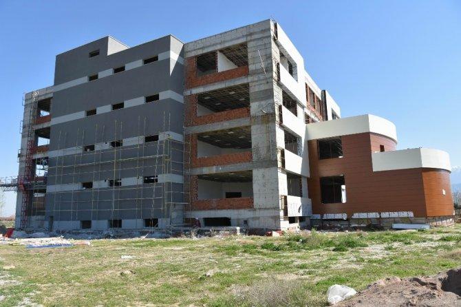 Salihli'nin Fakülte Binası Yeni Döneme Yetişecek