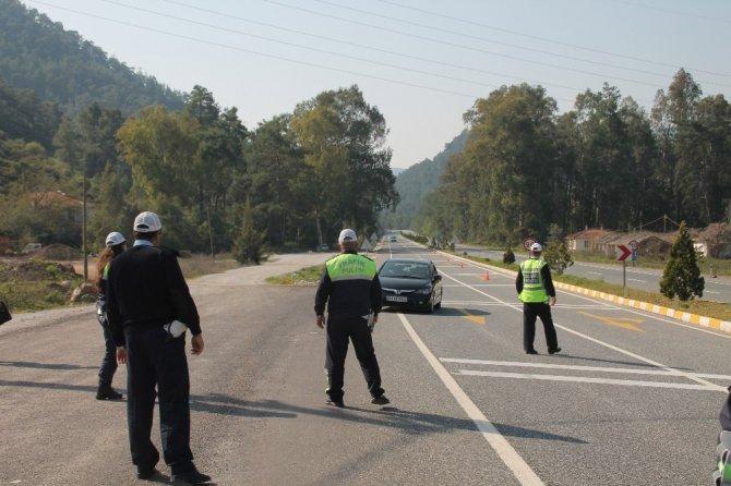 Marmaris'te Trafik Ekipleri Denetimlerini Arttırdı