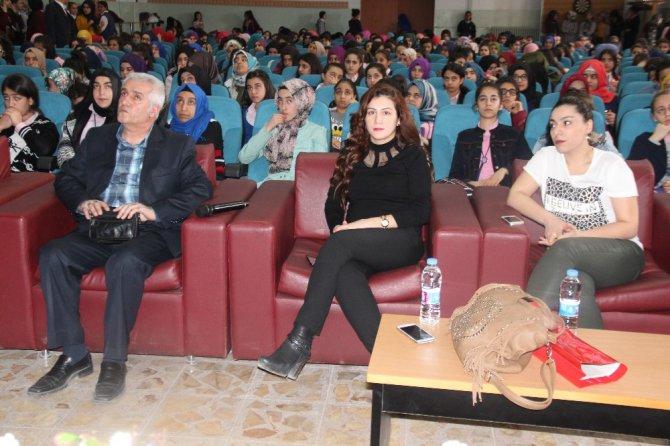 Elazığ'da Öğrencilere Sağlık Semineri Verildi