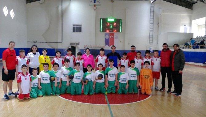 Çamlıca Okulları Hentbol Da İl Üçüncüsü Oldu