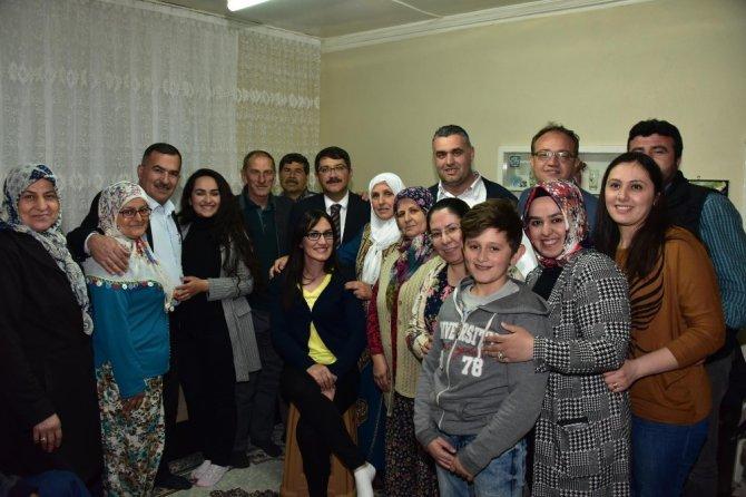 Başkan Çelik'ten Hamzabeyli'ye 'Evet' Ziyareti