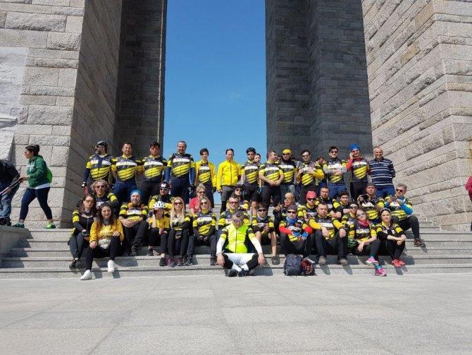 Tekirdağ'dan Çanakkale'ye Pedal Çevirdiler