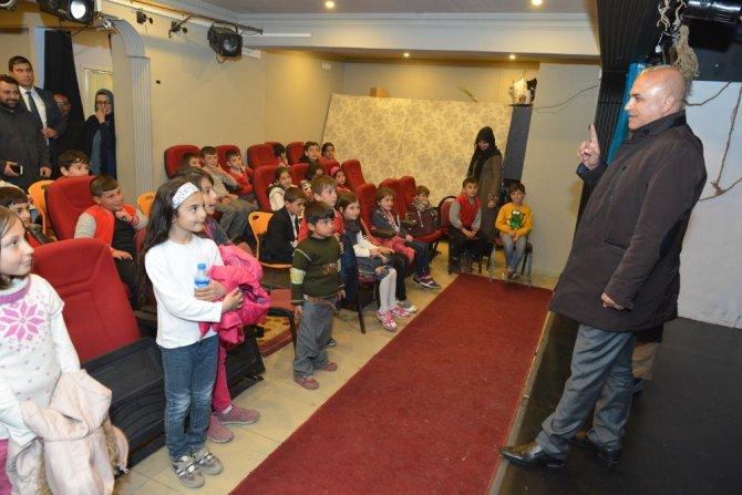 Yakutiye Belediyesi'nden, Bin 800 Çocuğa Tiyatro Gösterisi