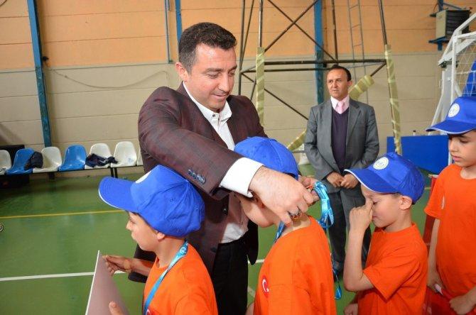Bozüyük Belediyesi 23 Nisan Minikler Futsal Şenliği Muhteşem Final İle Sona Erdi