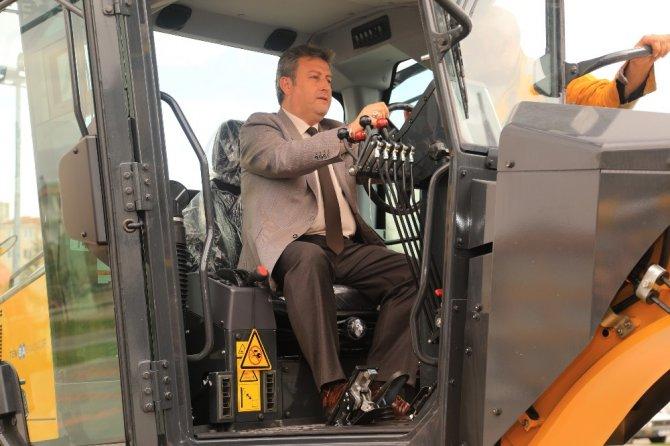 Talas Belediyesi'ne 7 Milyonluk İş Makinesi
