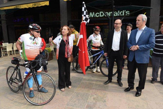 Sağlık İçin 580 Kilometre Pedal Çevirecekler