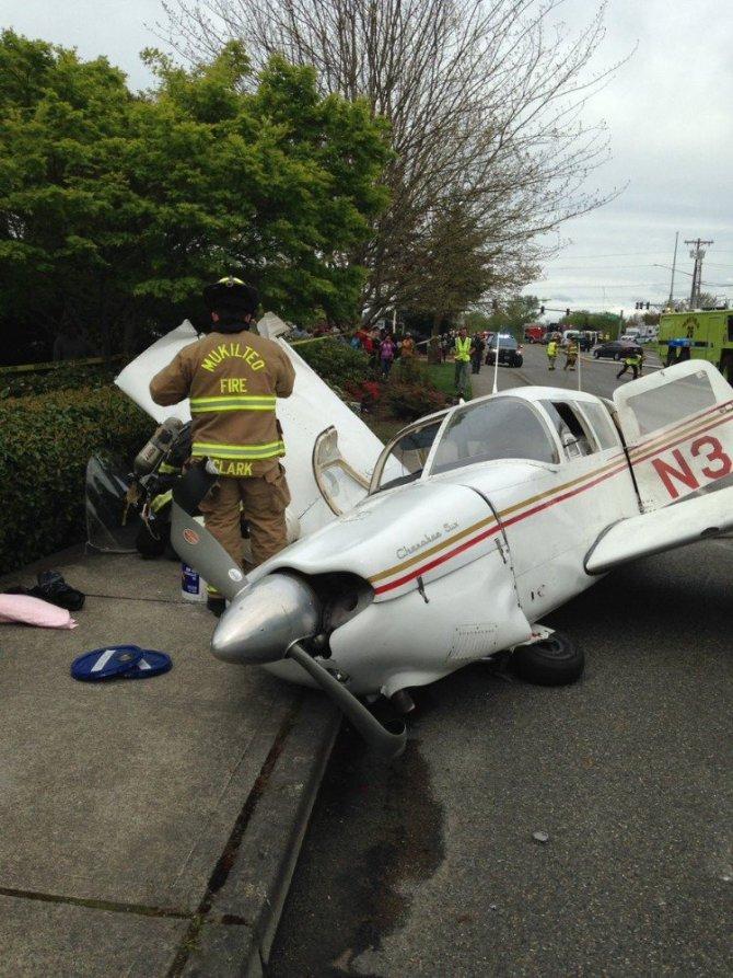 ABD'de Mukilteo'da Uçak Düştü!