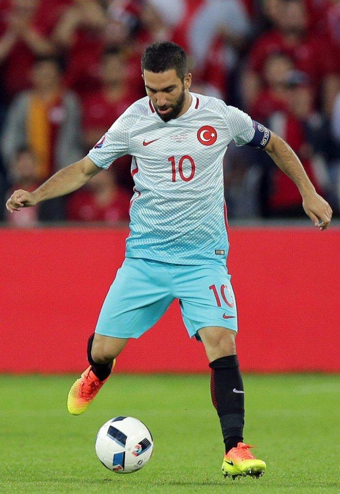 Makedonya maçı Sonrası rezalet! Arda Turan İçin Karar Verildi