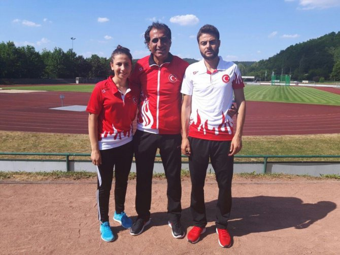 Diyarbakırlı DÜ'lü Atletlere Amanya'da 4 madalya