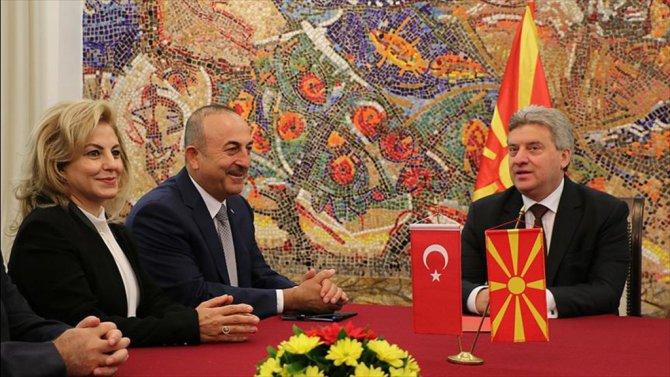 Çavuşoğlu, Makedonya Cumhurbaşkanı İvanov'u ziyaret etti